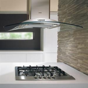 Digestoř může být i designovou chloubou vaší kuchyně /
