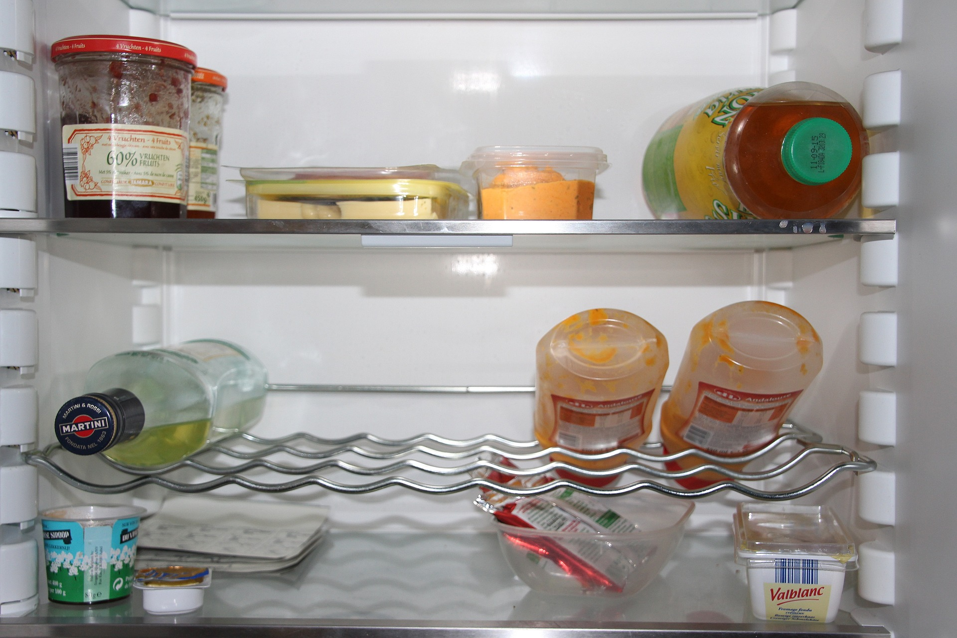 refrigerator-1132254_1920
